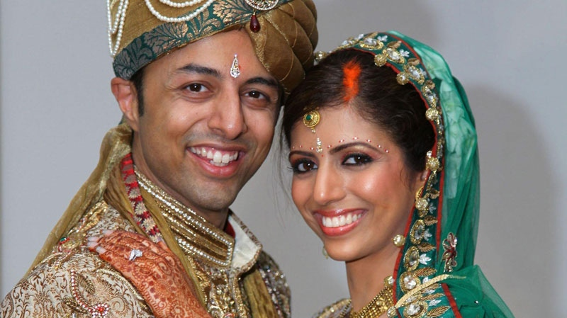 Undated handout photo of Shrien Dewani and Anni Dewani (right) made available by the Bristol Evening Post.  (AP / Bristol Evening Post via PA )