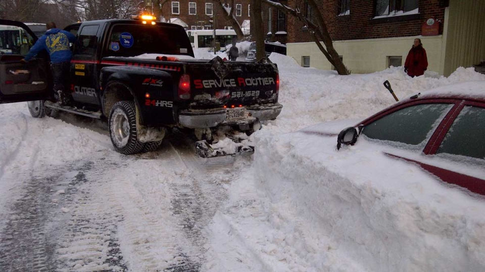 With Montreal's clean up will come sirens and the towing of thousands of cars. (Cosmo Santamaria / CTV Montreal)