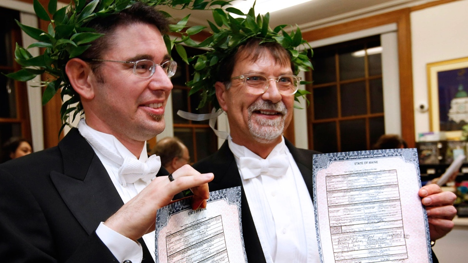 Jamous Lizotte, left, and Steven Jones pose with their marriage license at City Hall in Portland, Maine, Saturday, Dec. 29, 2012. (AP / Robert F. Bukaty)