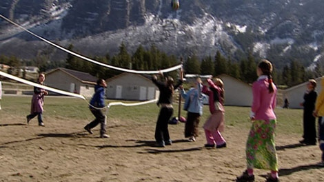 Children play volleyball in the polygamous community of Bountiful, B.C. (CTV)