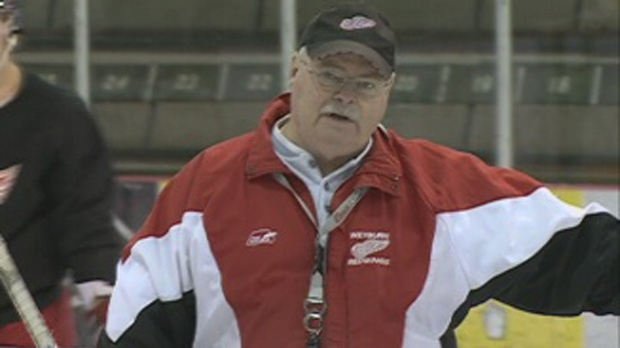 Red Wings coach Dwight McMillan