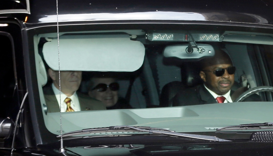 U.S. Secretary of State Hillary Clinton, centre, is transported on the New York Presbyterian Hospital complex, in New York, Wednesday, Jan. 2, 2013. (AP / Frank Franklin II)