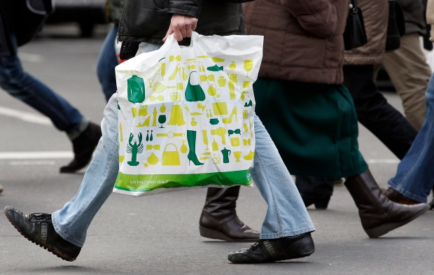 Retail sales slipped in Germany in 2012