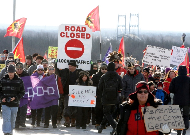 'Idle No More' protest blocked by bridge closure