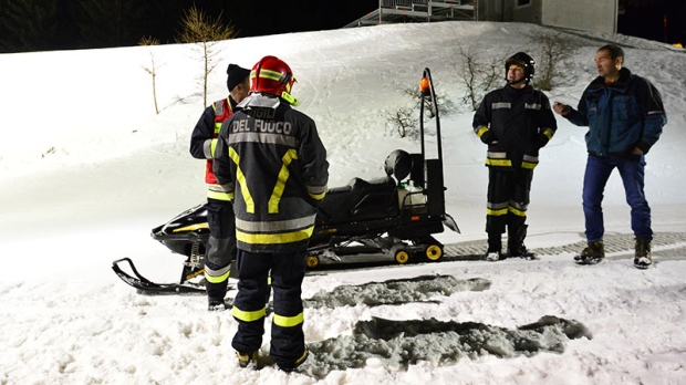 6 dead in snowmobile accident Italy