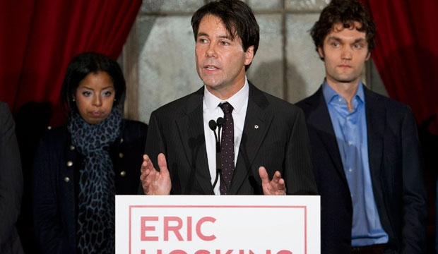 Dr. Eric Hoskins announces his candidacy for leader of the Ontario Liberal Party in Toronto on Tuesday, Nov. 13, 2012. THE CANADIAN PRESS/Nathan Denette