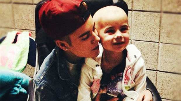 Justin Bieber visits fan's hospital  bedside