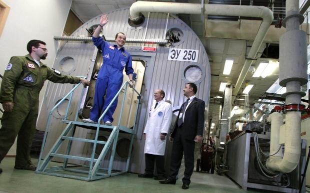 Sukhrob Kamolov ends 520-day Mars trip simulation