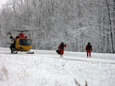 A Canadian Forces CH-146 Griffon helicopter lands to help stranded drivers on Highway 402 near Sarnia, Ont., Tuesday, Dec. 14, 2010. (Beth Campbell / MyNews.CTV.ca)