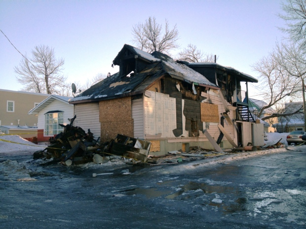 7 people homeless after Vanier blaze
