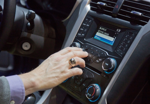 GM, Ford drive more tech to the car