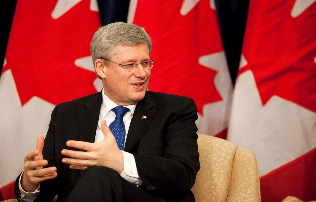 Harper discusses economy with business leaders