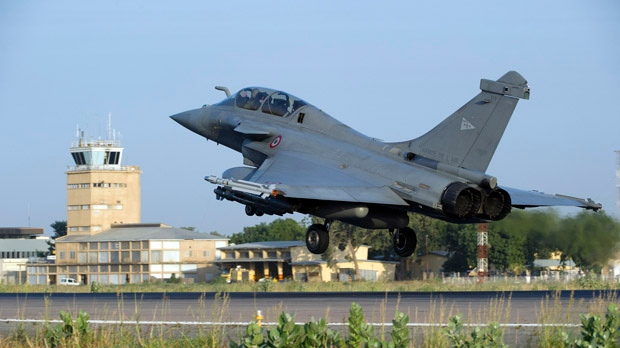 A French Rafale fighter jet landing after a mission to Mali in N'Djamena, Chad, Sunday Jan.13, 2013. (French Army)