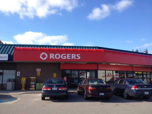 A Rogers Plus store on King George Road in Brantford, Ont., is seen on Tuesday, Jan. 15, 2013. (Art Baumunk / CTV Kitchener)