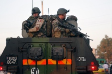French troops drive through Mali