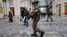 French troops protect Paris from terror threat