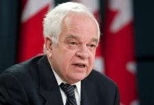 John McCallum calls for probe into Fantino letters