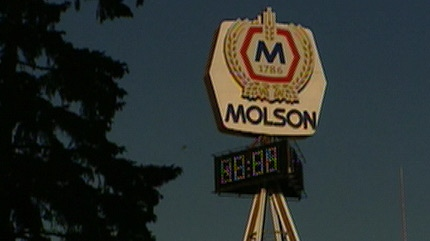 Crews have started to dismantle Molson House piece by piece so it can be moved to its new home.