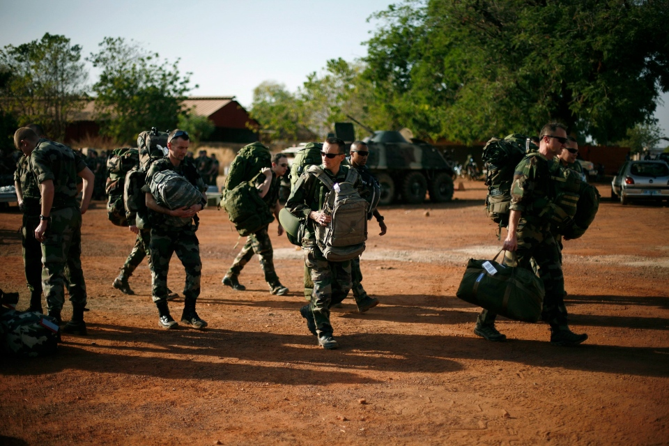 French troops arrive at Bamako's airport, Thursday Jan. 17, 2013. (AP / Jerome Delay)