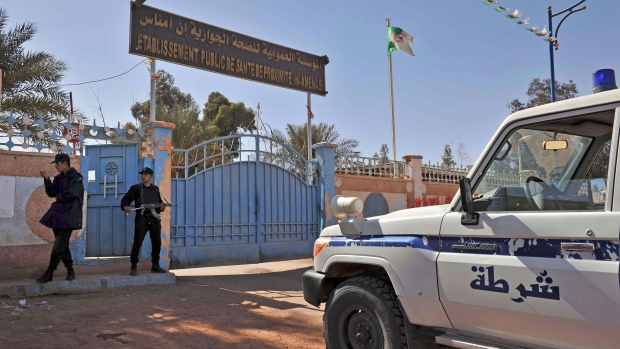Algerian hostage standoff comes to deadly end
