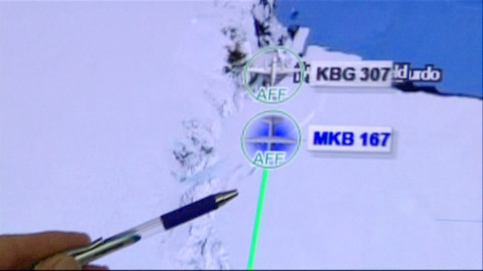 Rescue teams from New Zealand have set up a base camp near the likely location of a downed Twin Otter plane.