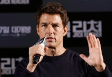 Tom Cruise crank call