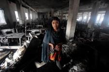 Bangladeshi garment factory fire kills 7
