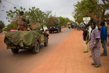 French forces patrol Malian city of Gao