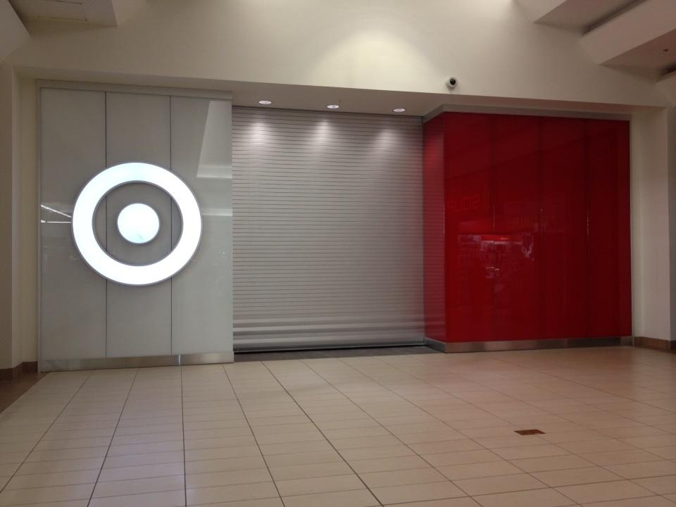 Entrance to the Target Canada store at Devonshire Mall, in Windsor, Ont., Jan. 29, 2013. (Christie Bezaire / CTV Windsor)