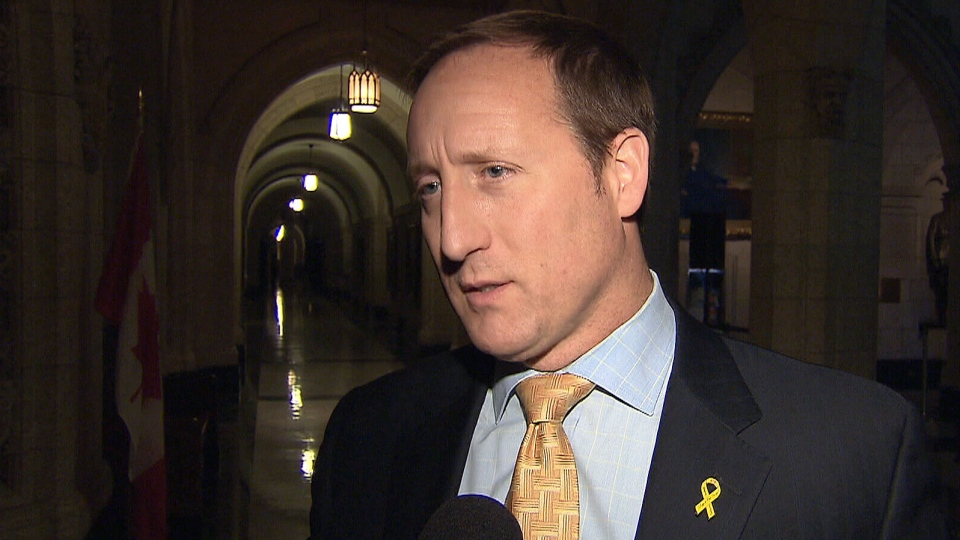 Minister of National Defence Peter MacKay addresses the report into a 2009 fatal helicopter crash that killed three soldiers, Wednesday, Jan. 30, 2013.