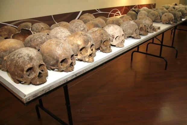 Mexico sacrificial skulls
