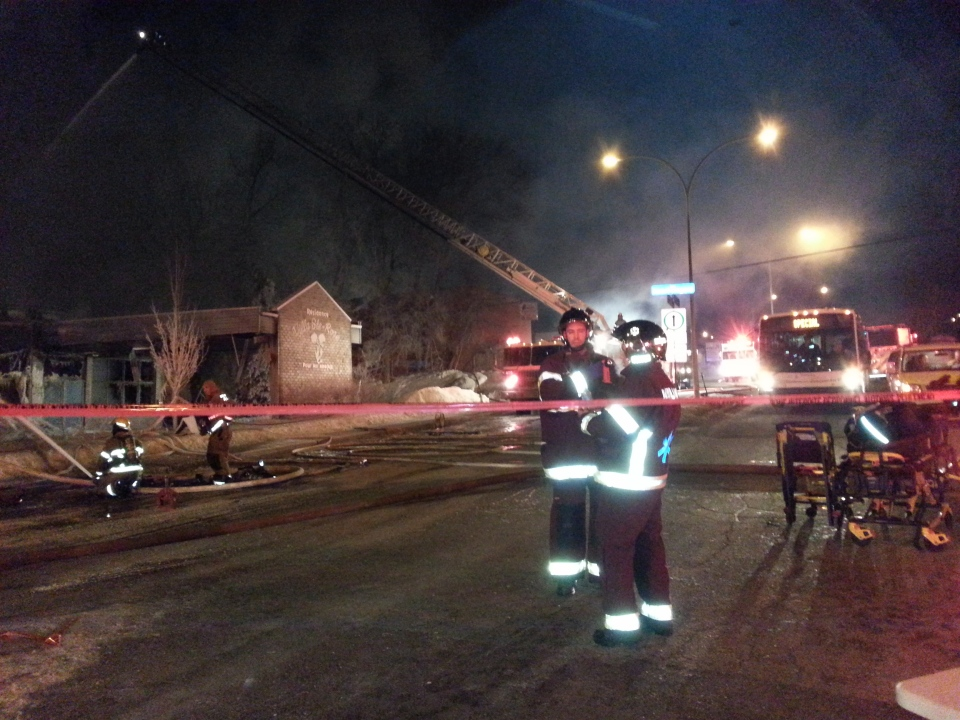 After a fire at the Ville Ste-Rose retirement home on Friday night, seniors were temporarily placed in city buses. (Marc Latendresse / CTV Montreal)