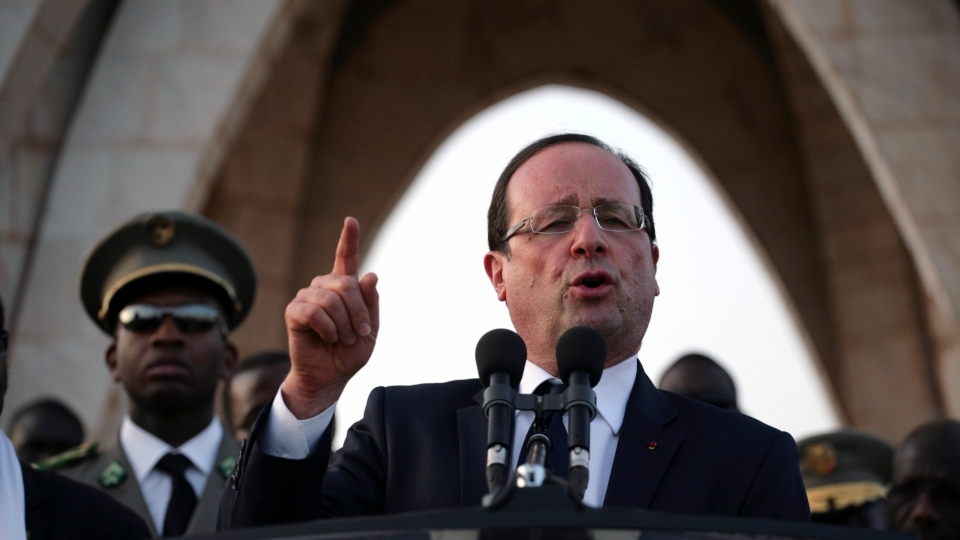 French President Francois Hollande speaks at Independence Place in central Bamako, Mali Saturday, Feb. 2, 2013. (AP Photo / Thomas Martinez)