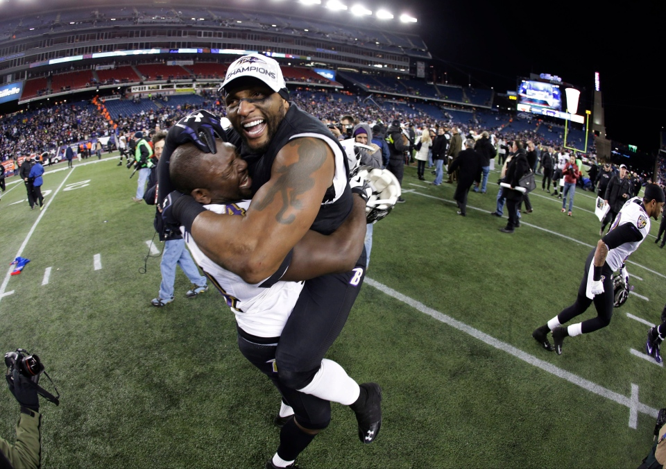 Baltimore Ravens inside linebacker Ray Lewis, right, celebrates with Vonta Leach after the NFL football AFC Championship football game against the New England Patriots on Jan. 20, 2013. (AP Photo/Matt Slocum)