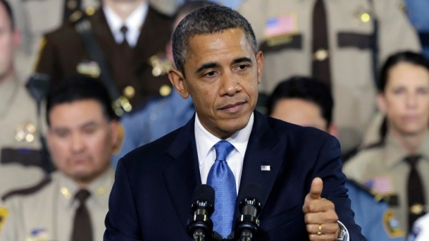 Obama signs bill averting gov.t default