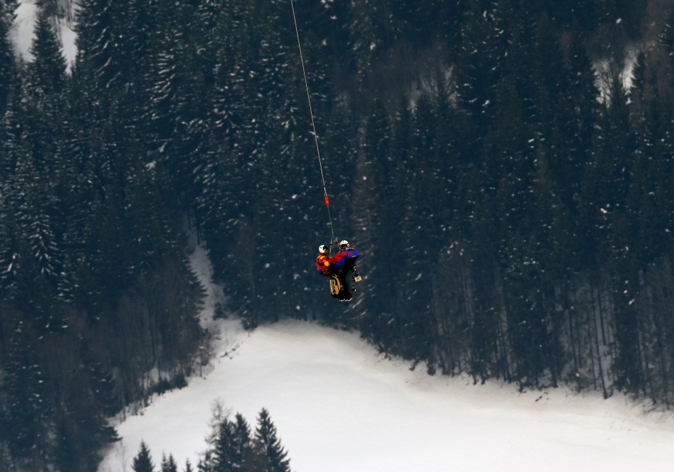 U.S. skiier Lindsey Vonn is airlifted after crashing during the women's super-G course, at the Alpine skiing world championships in Schladming, Austria, on Feb.5, 2013. (AP Photo/Luca Bruno)