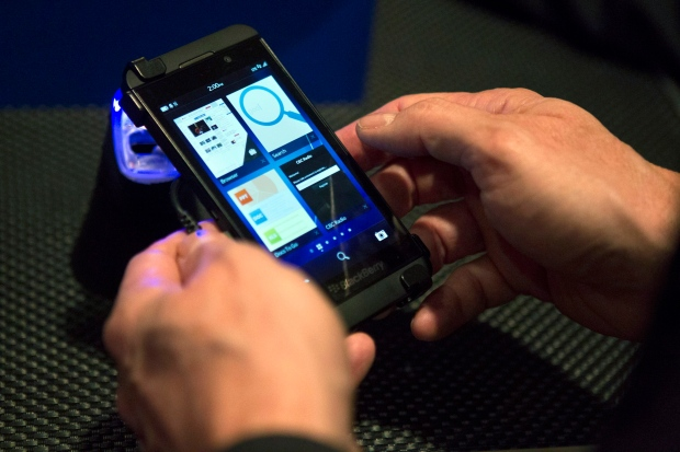 BlackBerry praises sales record of the BB10