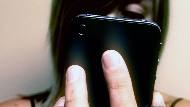 Police seeing more teens 'sexting'