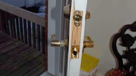 Police say many of the homes are being broken into by forcing in the rear door.