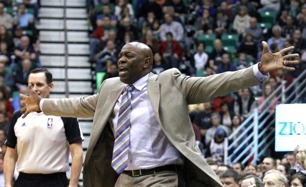 Sacramento Kings coach Keith Smart on Feb. 4, 2013