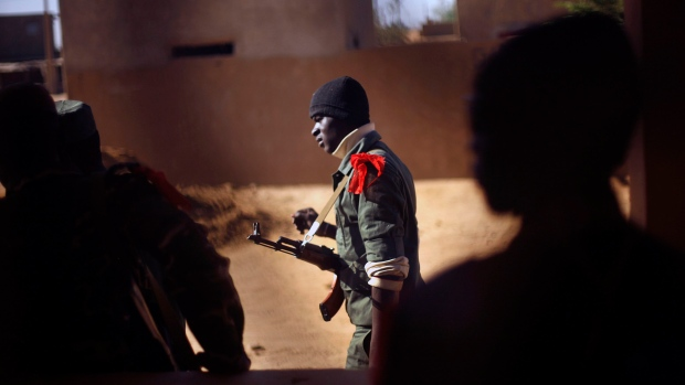 French troops begin to withdraw from northern Mali