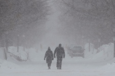 Snow storm strikes Ontario