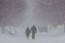 Snow storm strikes Ontario