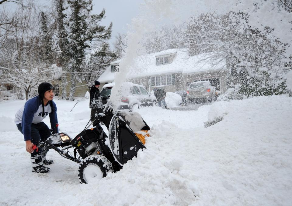 Blizzard hits eastern U.S.
