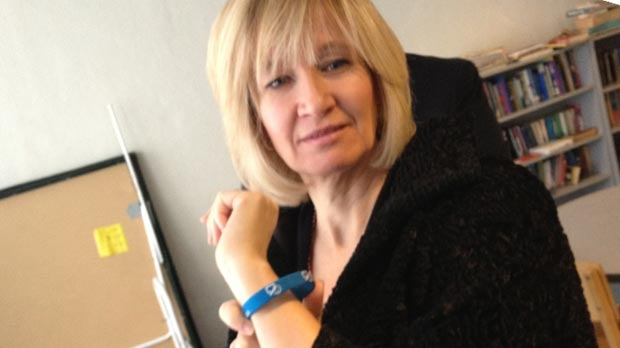 Laureen Harper wears the official bracelet in support of Bell Let's Talk day.