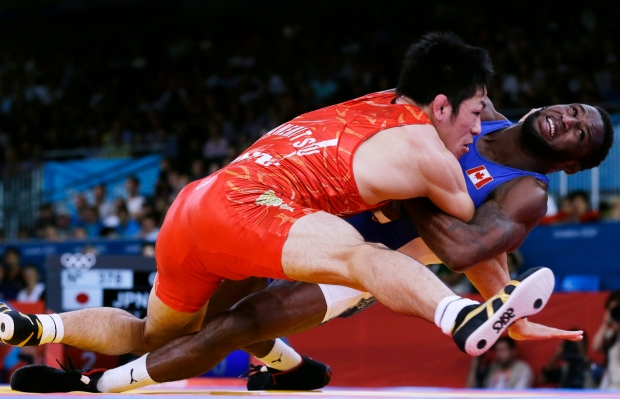 Tapped Out: IOC drops wrestling from games