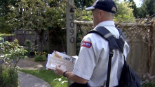 Canada Post looks aty service cuts
