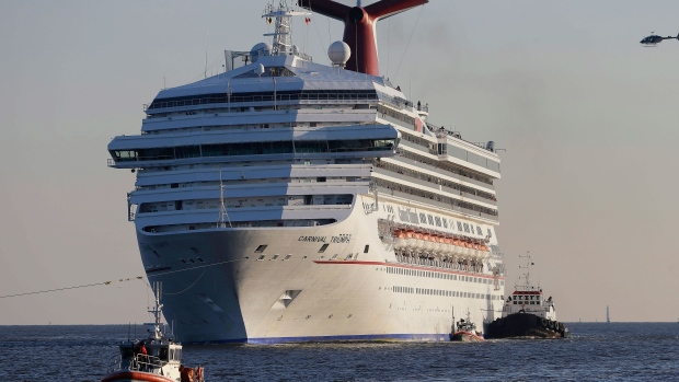 Carnival cruise ship towed in to Alabama
