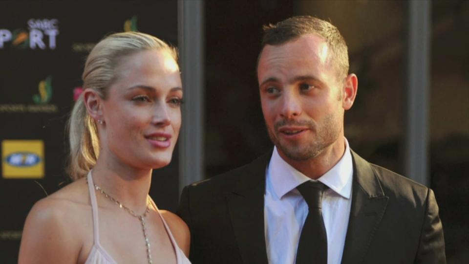 Canada AM: Pistorius breaks down in court