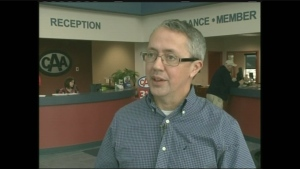 Maritimers apply for international driver's permit